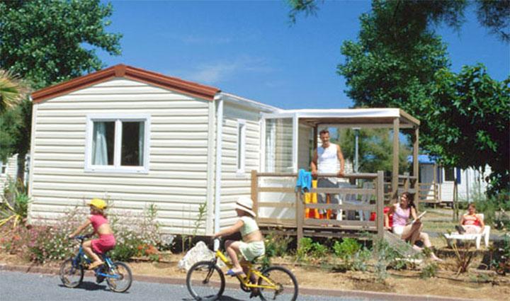 Mobil-home 4 à 6 pers. au camping Med Plage à Vias